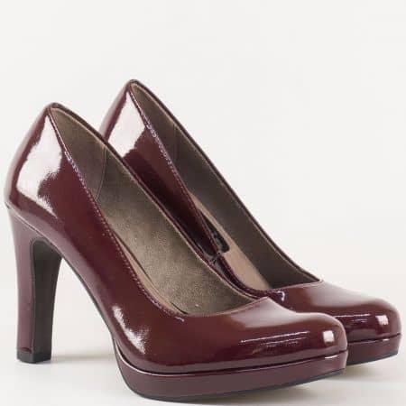 Ефектни дамски обувки в цвят бордо- Tamaris на висок ток и стелка с  вградена Memory пяна 1122426lbd