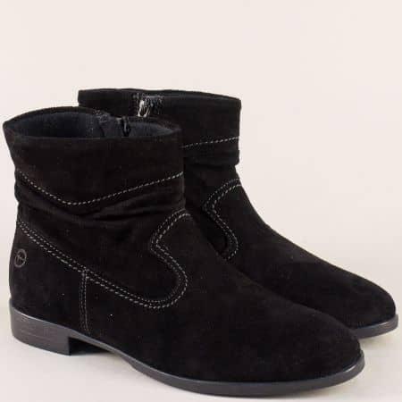Велурени дамски боти на нисък ток в черен цвят- Tamaris 1125005vch