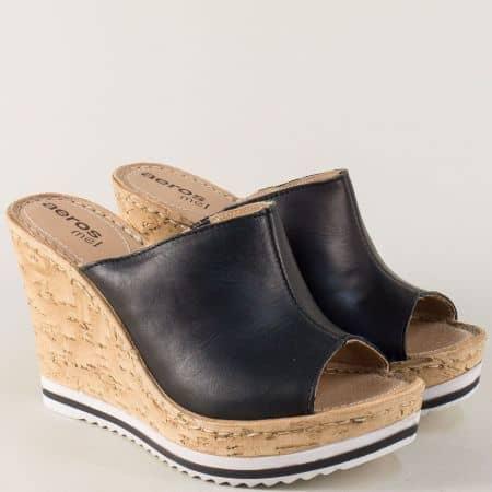 Кожени дамски чехли в черен цвят на висока платформа 112ch