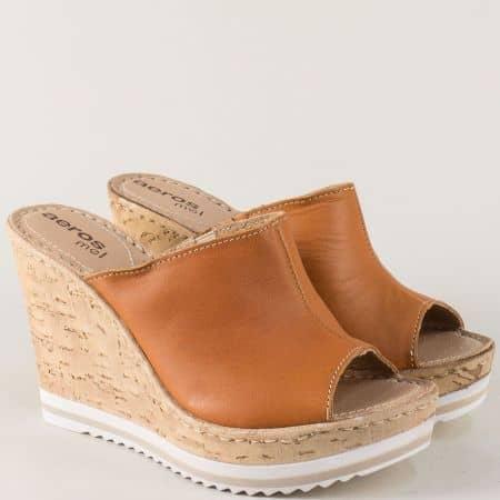 Дамски чехли на висока платформа от естествена кожа в кафяв цвят 112k