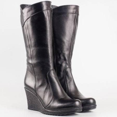 Дамски ежедневни ботуши изработени от висококачествена естествена кожа в черен цвят  114ch
