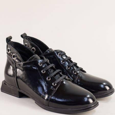 Черни дамски обувки естествен лак 11646lch