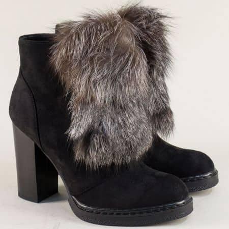 Дамски черни обувки на висок ток с естествен пух  1182708nch