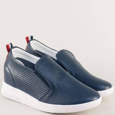 Сини дамски обувки с перфорация на бяла платформа 122126s