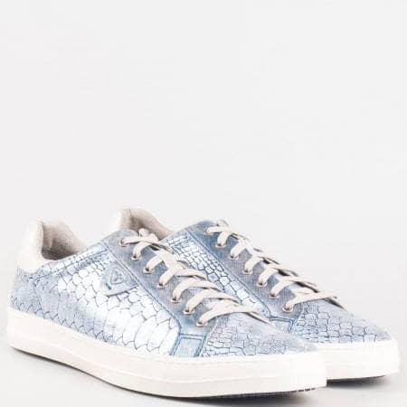 Немски спортни обувки с връзки в син кроко принт от водещият немски производител TAMARIS 123606zs