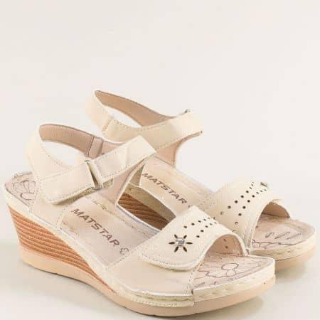 Дамски сандали на платформа с две лепки- MAT STAR в бежов цвят 129064bj