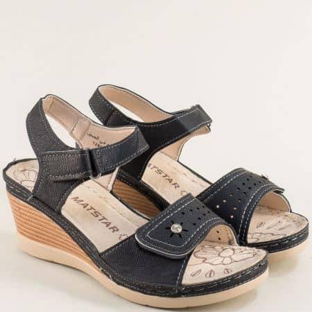 Черни дамски сандали на платформа с две лепки- MAT STAR 129064ch
