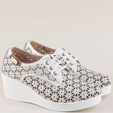 Летни дамски обувки от естествена кожа на платформа в бяло 13114810b