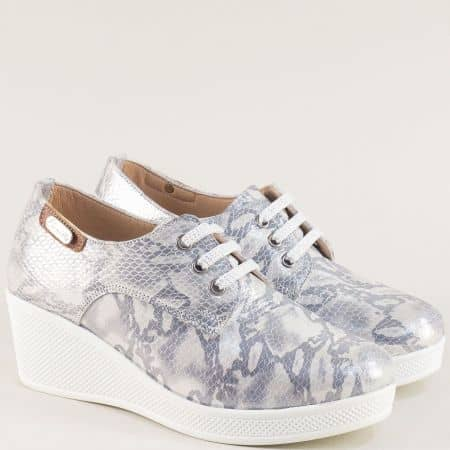 Дамски обувки с връзки на платформа в сиво и сребро 13014810pssr