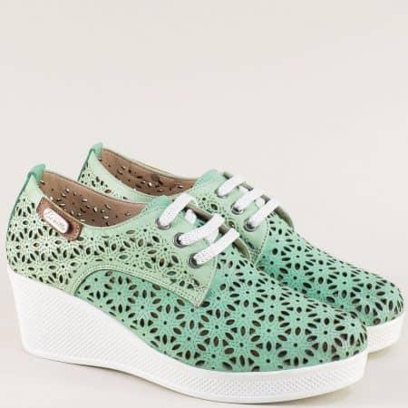 Светло зелени дамски обувки с връзки от естествена кожа 13114810z