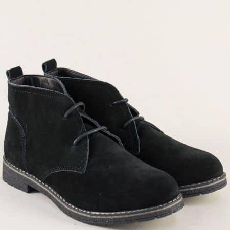 Велурени дамски боти на нисък ток в черен цвят 132001vch