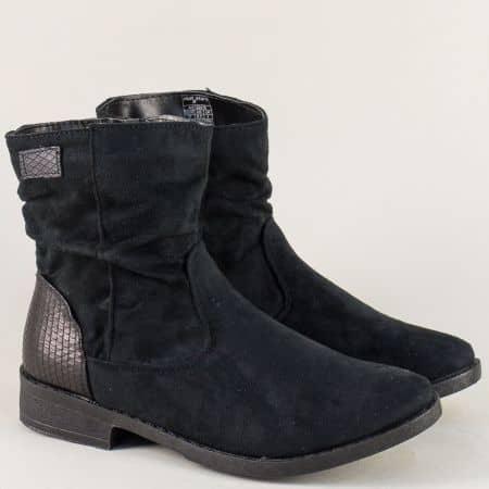 Велурени дамски боти на нисък ток в черен цвят 132078vch