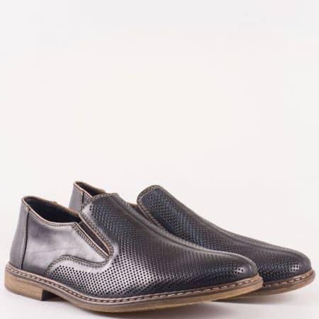 Мъжки стилни обувки произведени от висококачествена естествена кожа, включително и стелката на Bull Boxer в черен цвят 13455ch