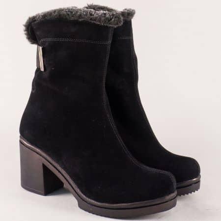 Велурени дамски боти с топъл хастар в черен цвят 1352vch