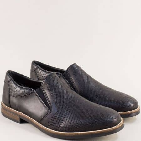 Перфорирани мъжки обувки в черен цвят- RIEKER 13571ch