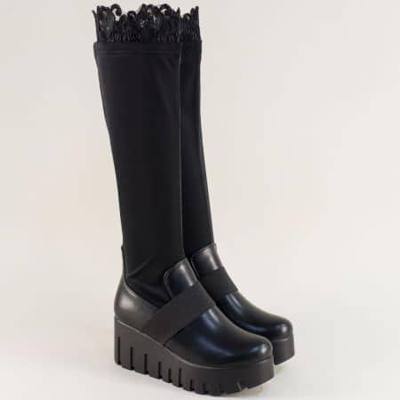 Дамски ботуши с дантела на платформа в черен цвят 137676ch
