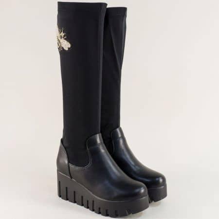 Дамски ботуши на платформа в черен цвят с апликация 137681ch