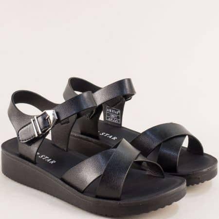 Дамски сандали на равно ходило в черен цвят- MAT STAR 138077ch
