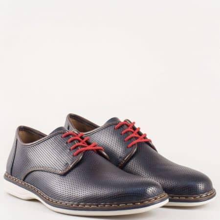 Перфорирани мъжки обувки с червени връзки- Rieker от естествена кожа в син цвят, на шито бяло ходило с кожена стелка 14826s