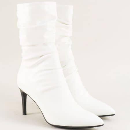Бели дамски боти на тънък ток на марка Елиза 14912584b
