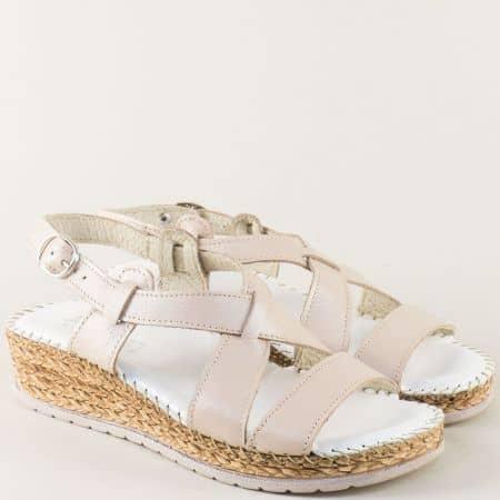 Бежови дамски сандали на платформа с кожена стелка 1492711bj