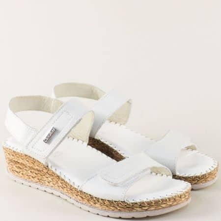 Бели дамски сандали от естествена кожа на платформа 1492719b