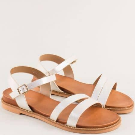 Сребристи дамски сандали на равно ходило- MAT STAR 150086sr
