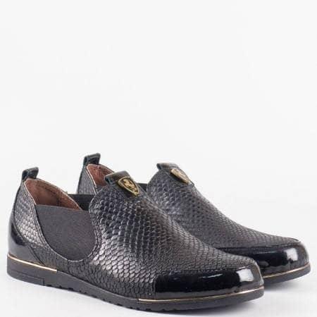 Черни ежедневни дамски обувки от естествена кожа със змийски мотив 1501455lch