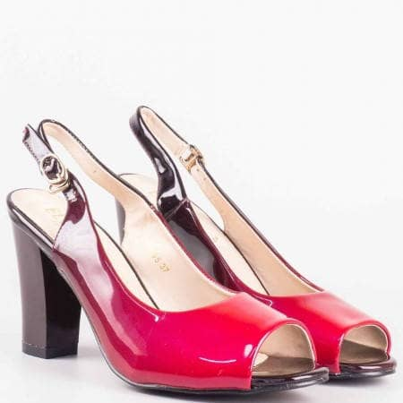 Лачени дамски сандали на висок ток с катарама в цвят бордо 1510065lbd