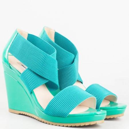 Зелени дамски сандали на платформа на ниска цена 15148005z