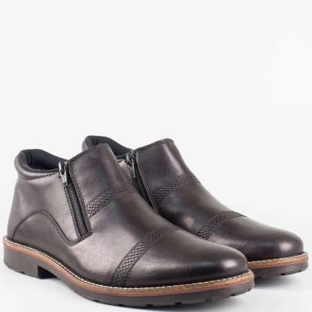 Мъжки боти от естествена кожа на известната марка Rieker Antistress на комфортно ходило в черен цвят 15381ch