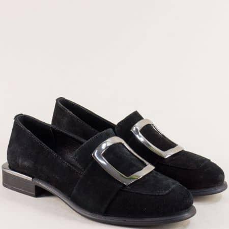 Велурени дамски обувки в черен цвят с кожена стелка 1541vch