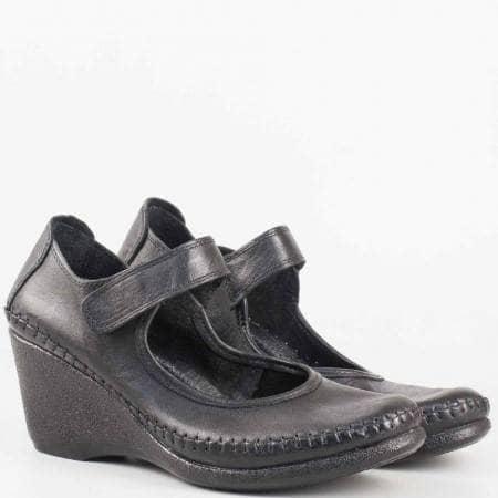 Ортопедични дамски обувки на платформа с коланче и лепка в черена естествена кожа  1555327ch