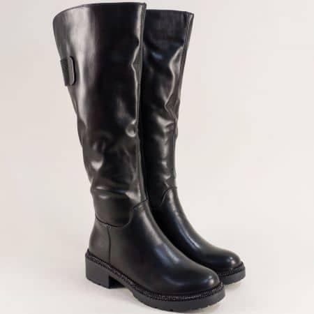 Дамски ботуши с декорация на нисък ток в черен цвят 156222ch