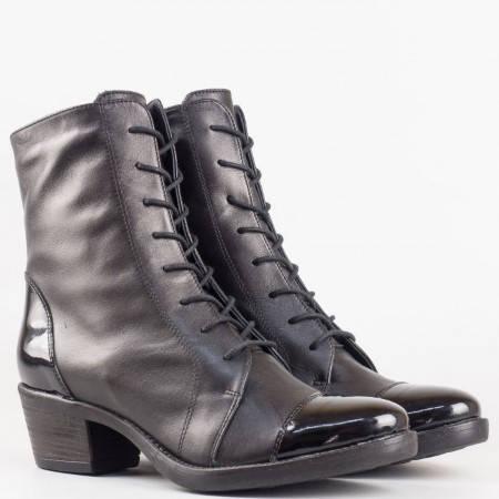 Дамски стилни боти от естествена кожа и лак на водещ български производител в черен цвят 1573chlch