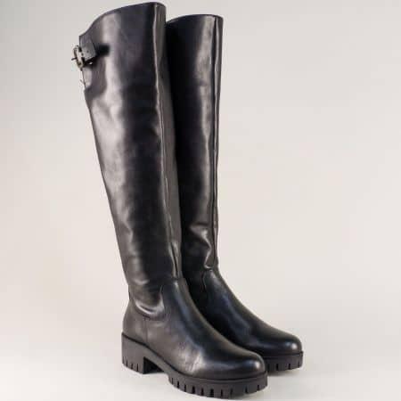 Кожени дамски ботуши на нисък ток в черен цвят 1576764ach
