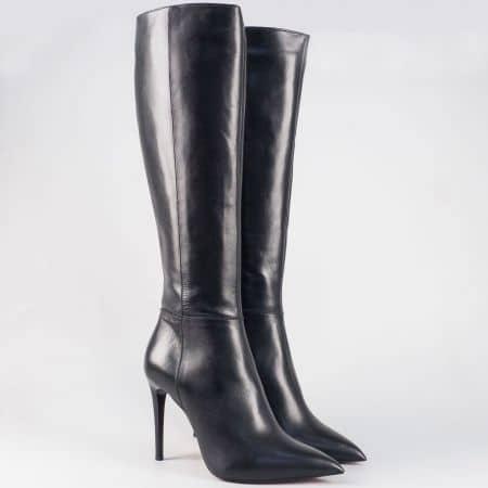 Дамски кожени ботуши в черен цвят на висок ток- български производител 15926ch