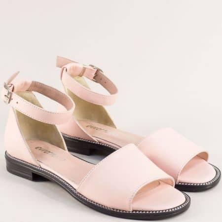 Равни дамски сандали от естествена кожа в розов цвят 160114rz