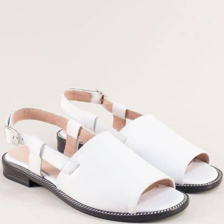Бели дамски сандали със стелка от естествена кожа 160127b