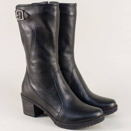 Кожени дамски ботуши на среден ток в черен цвят  16111361ch