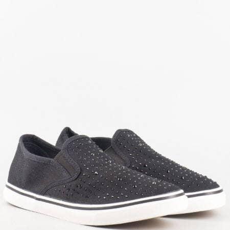 Дамски обувки, тип кец, на бяло ходило с капси на Mat star в черен цвят 16135022ch