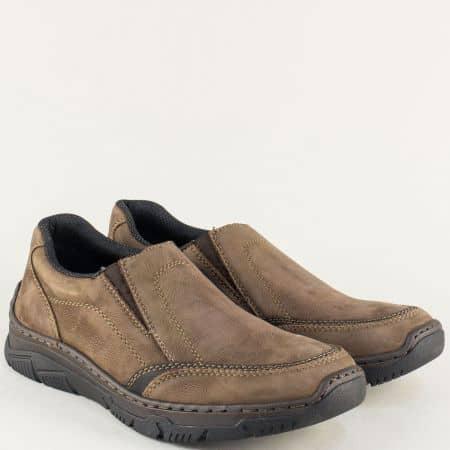 Кафяви мъжки обувки от естествен набук с два ластика 16963kk