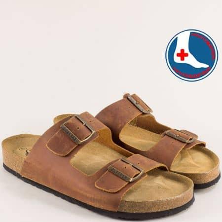 Тъмно кафяви мъжки чехли от естествена кожа с две катарами- PLAKTON 170010k