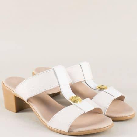 Бели дамски чехли на среден ток с кожена стелка 17011511ab