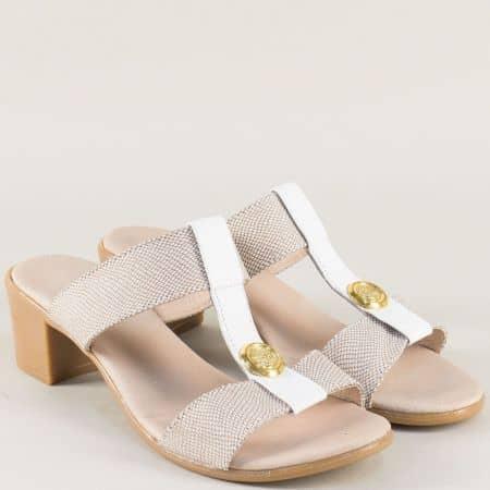 Кожени дамски чехли в бяло и бежово на среден ток 17011511abjb