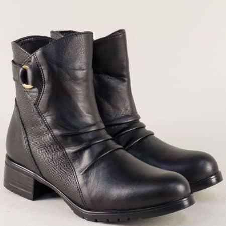 Дамски боти в черен цвят на нисък ток от естествена кожа 1538ch