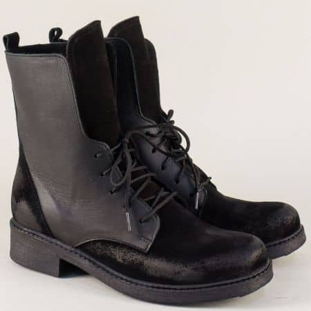 Дамски боти в черен цвят от естествен велур и кожа 1748vch