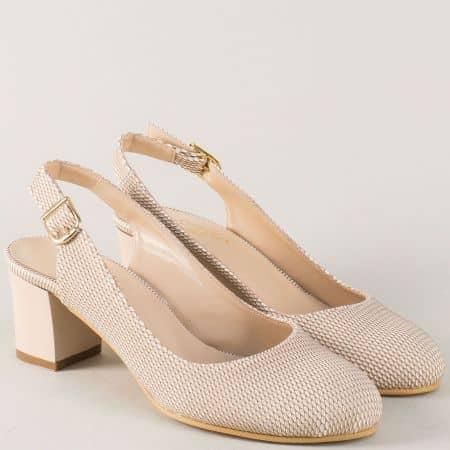 Дамски обувки в бежов цвят с отворена пета на ток 1750bj