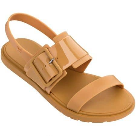 Светло кафяви дамски сандали с катарама- ZAXY 1755390073
