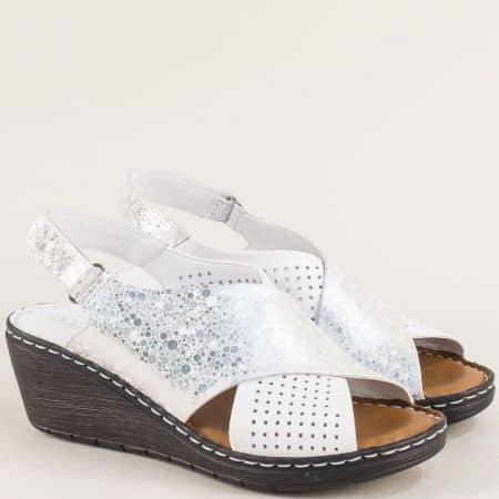 Дамски сандали в сребро и бяло от естествена кожа 180277070bsr
